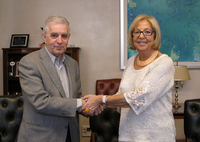 Signed collaborative agreement between UMA, Proyecto Hombre and FGUMA