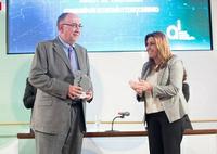 Recogida del IV Premio Andalucía de Investigación
