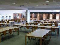 La biblioteca de la EPS/ETSII cuenta con tres nuevas salas de trabajo en grupo